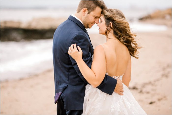 romantic fall lighthouse point park wedding